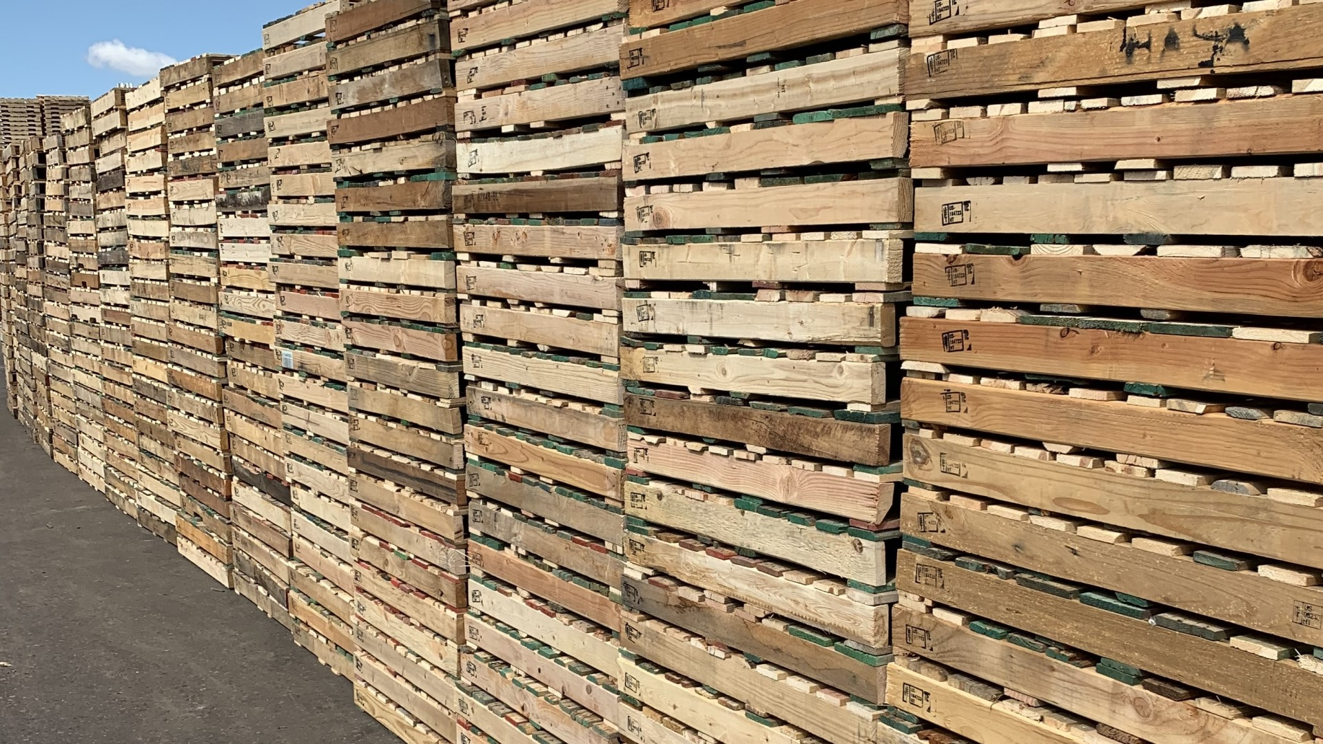 Used Pallets For Sale in Phoenix, Arizona
